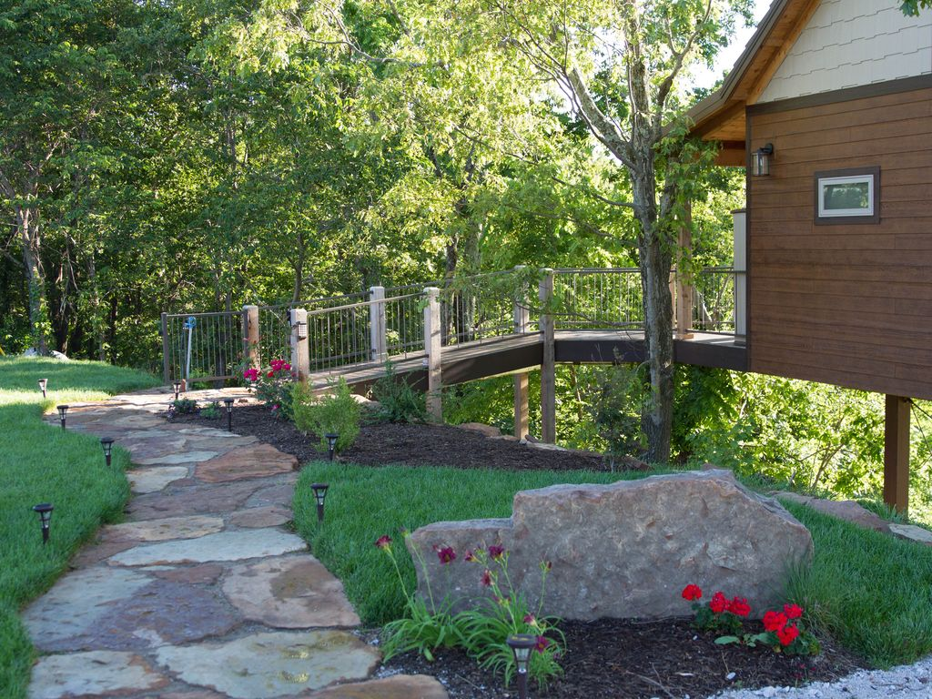 new in 2016 treehouse cabin perfect roman vrbo