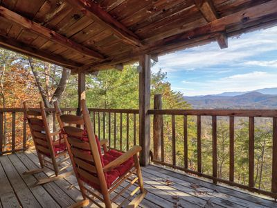 Photo for NEW LISTING! Cozy log cabin w/private hot tub, fireplace & deck-close to town