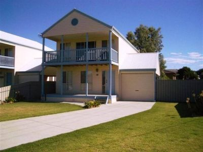 Photo for 46 Billabong Rd, Goolwa