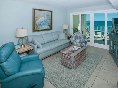 Photo for Gulf-Front w/Private Balcony, 2/2, Kit. Remodel, Resort Amenities/Free Activities - Castaways 7C