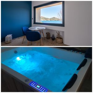 Photo for Sea Agay effect with private Jacuzzi and Sea view