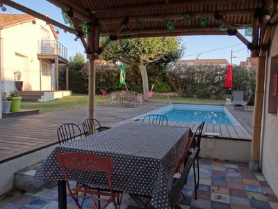 Photo for Large villa with pool, near creeks and downtown