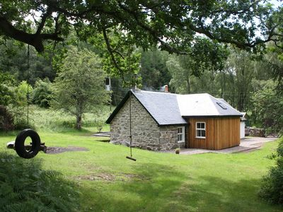 Photo for NEW to HomeAway! Luxury three bedroom holiday cottage on Loch Rannoch