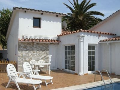 Photo for INDEP. VILLA 2 BEDROOMS WITH PRIVATE POOL AND GARDEN