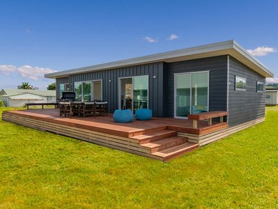 Photo for Starboard Retreat - Cooks Beach Holiday Home