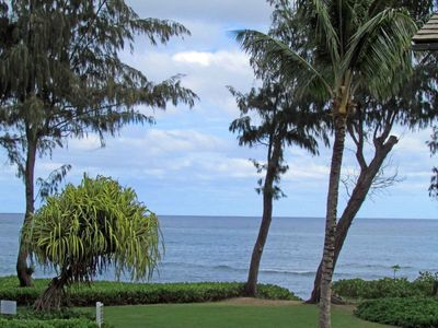 Photo for Enjoy the comfort of being on the beach of Kauai