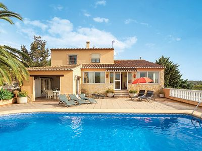 Photo for Countryside villa a 15min drive from resort - perfect for a laidback holiday & exploring rural Spain