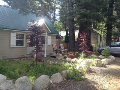 Photo for Cozy cabin within walking distance to the lake
