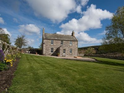 Photo for Fantastic family friendly property, 35 miles Edinburgh, coast 15  miles