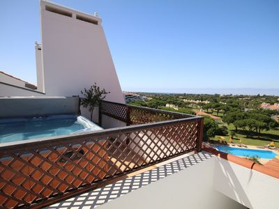 Photo for Penthouse with 2 bedrooms, large terrace and private jacuzzi, wifi
