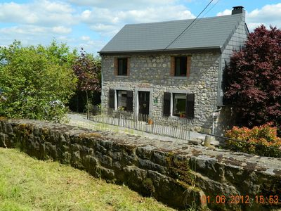 Photo for Charming, well maintained and cheery holiday cottage.