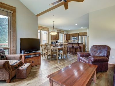 Photo for Private 3 bedroom townhome in East Keystone