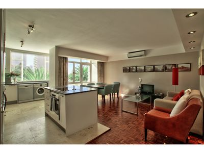 Photo for Contemporary 1 Bedroom Apartment in Gardens, with parking & WiFi