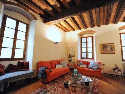 Photo for Spacious Quercia apartment in Duomo with WiFi.
