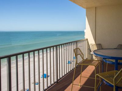Photo for Fantastic Beachfront Location. All Updated. Spacious and Comfortable.