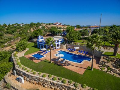 Photo for 5 bedroom Villa, sleeps 12 in Malhadais with Pool, Air Con and WiFi