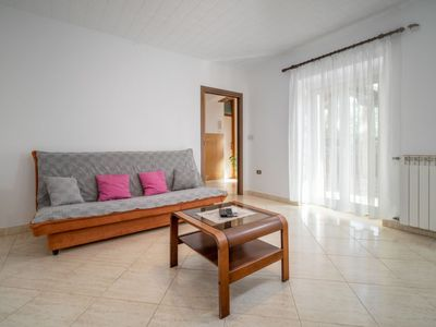 Photo for Apartment Bumbak in Umag - 4 persons, 1 bedrooms