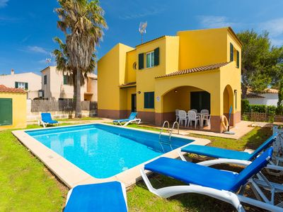 Photo for Villa Traquila: Private Pool, Walk to Beach, A/C, WiFi, Car Not Required