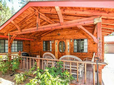 Photo for Camp Scarlett Super Cozy/Relaxing 3 BR Chalet/Spa