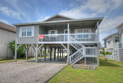 Photo for Anso 13, 4 bedroom canal home with dock.  Bring your boat, and have some fun in the sun.
