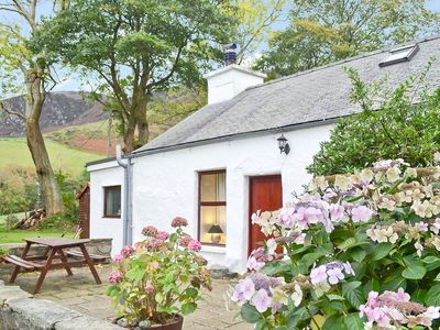 Photo for 3 bedroom accommodation in Trefor, near Caernarfon