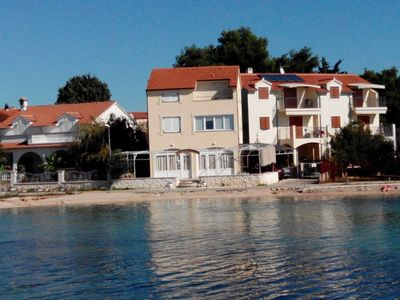 Photo for Holiday apartment with air conditioning and Internet seafront