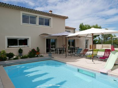 Photo for 3.5 km from Avignon, Villa on the heights of Villeneuve les Avignon with panoramic views of the Rhone Valley, Mont Ventoux, Luberon, Alpilles and the Palais des Papes.