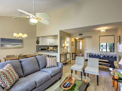 Photo for Gainesville Townhome w/ Pool Access - 5 Mins to UF