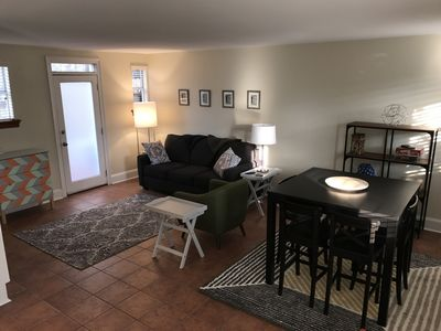 Garden District Condo - Steps to Magazine and St. Charles (Off street parking)