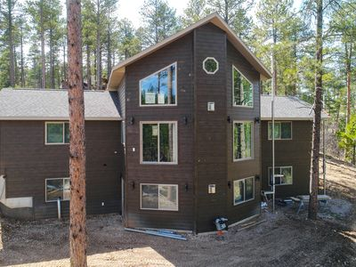 Photo for Secluded Executive Cabin Near Deadwood Close to Highway 14