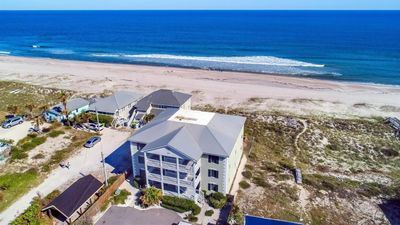 Condo on the beach - Plan a fall getaway and enjoy the ocean breeze!