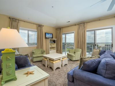 Photo for Enjoy stunning views from every room in Mariners Watch 401