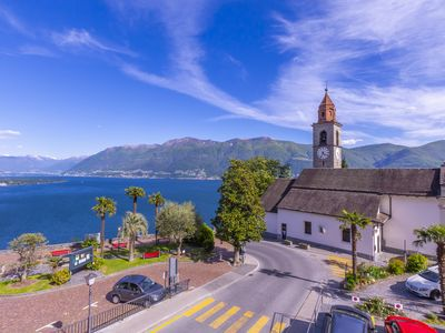Photo for Splendid Lake View, Ronco sopra Ascona, Switzerland