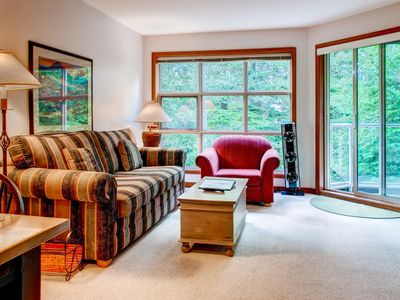 Photo for Prime Ski-in Ski-out Location! Pool, Hot tubs, BBQ, sleeps 4 (321)