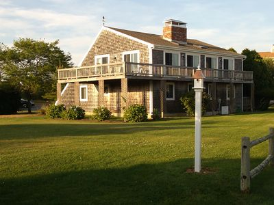 Great House... Great Location... Walk to Beach...