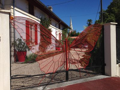"Photo for Bassin d'Arcachon, Cap Ferret, ARES, 9 rooms, villa ""A red butterfly"""