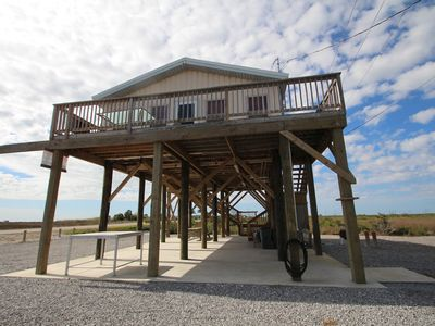 Waterfront Fun is Waterfront in Grand Isle w/boat access