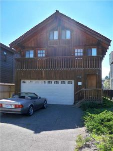 Photo for 512 Christie: 4 BR / 2 BA home in South Lake Tahoe, Sleeps 12