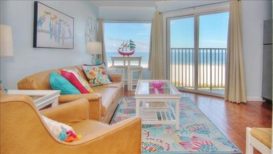 Photo for Serene Seaside Escape near all the Attractions of Clearwater Beach!