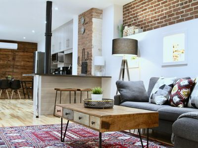 Photo for Grand 3br Montreal Plateau