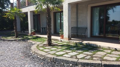 Photo for ETNA AMONG THE OAKS - Villa with large outdoor area