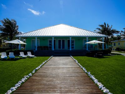 Ocean Front, Semi-Private beach, 4beds/4baths, Two Master Suites