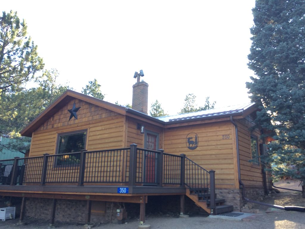 lodging hubbard estes and r cabin web cottages img vacation house triple park hubbards cabins mother rentals s