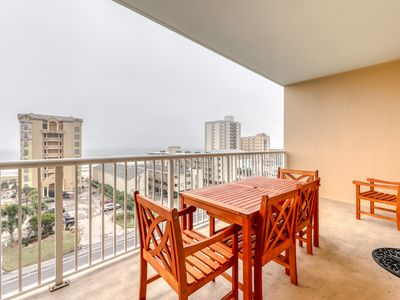 Photo for Spacious Gulf view condo w/ shared pools, hot tub, lazy river & beach access!