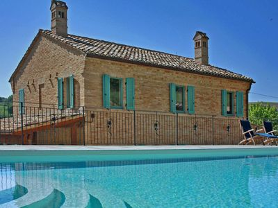 Photo for Private villa with pool, air conditioning, wi-fi, pet-friendly, Le Marche