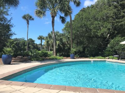 Photo for Newly Renovated Dream Vacation Home- 5BR, 5.5 BA, Large Pool, mins to beach!