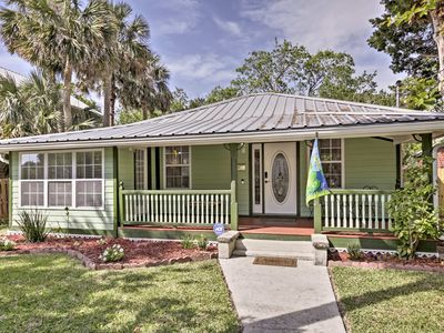 Photo for Downtown St. Augustine Bungalow w/Hot Tub & Patio