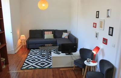 Photo for Apartment in the center of Lisbon with Internet, Washing machine (387944)