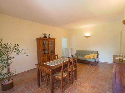 Photo for Apartment Salustri in Cinigiano - 5 persons, 2 bedrooms