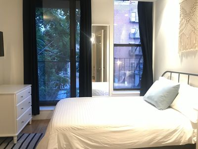 Photo for Cozy luxury 2 bed unit with balcony and laundry  in prime location